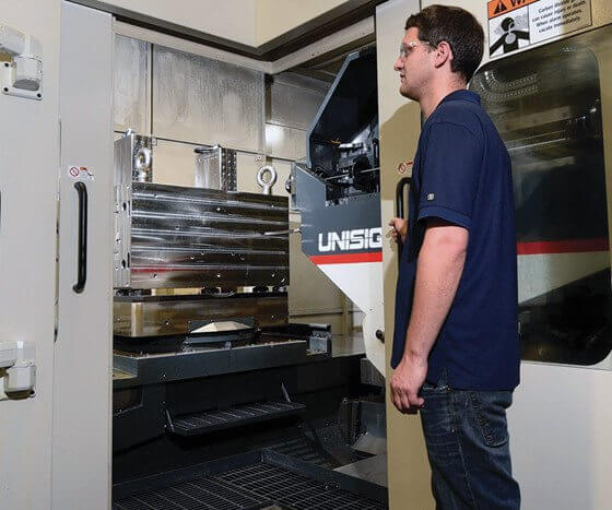 mold manufacturers using the UNISIG USC-M machine